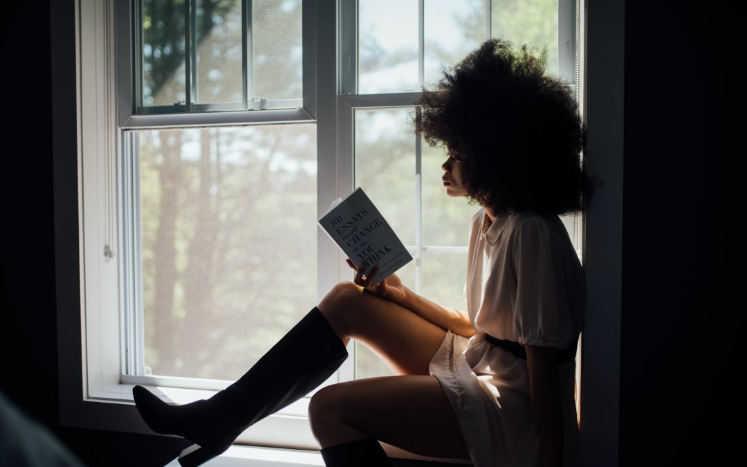 6 Books Every Girl Boss Should Read